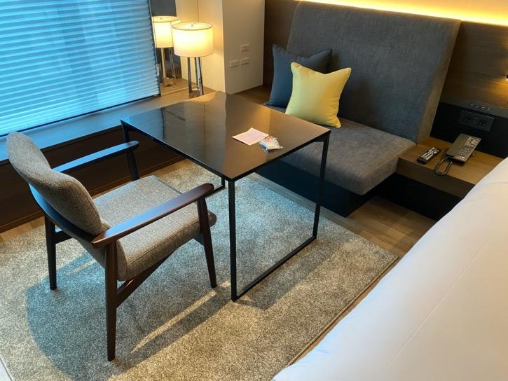 ACホテル東京銀座:客室(チェア&テーブル)