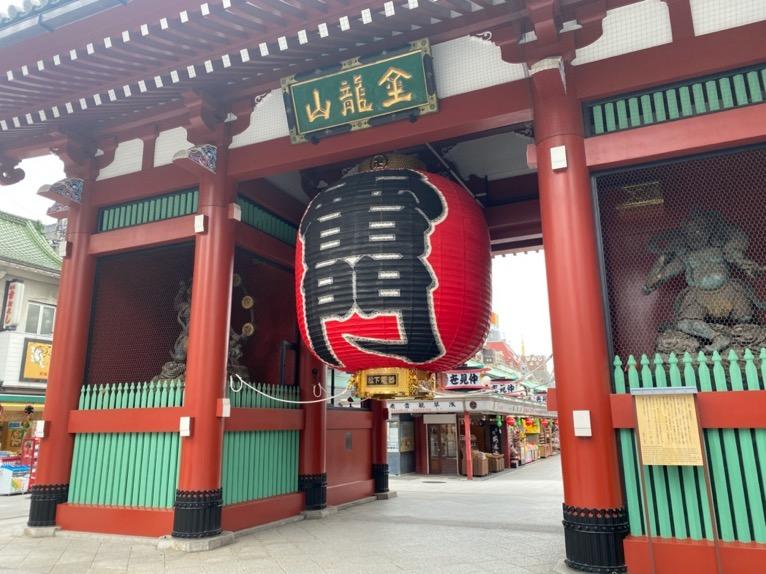 浅草の「雷門」