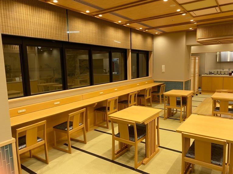 「御宿 野乃 浅草」のレストラン(Hatago):テーブル&チェア
