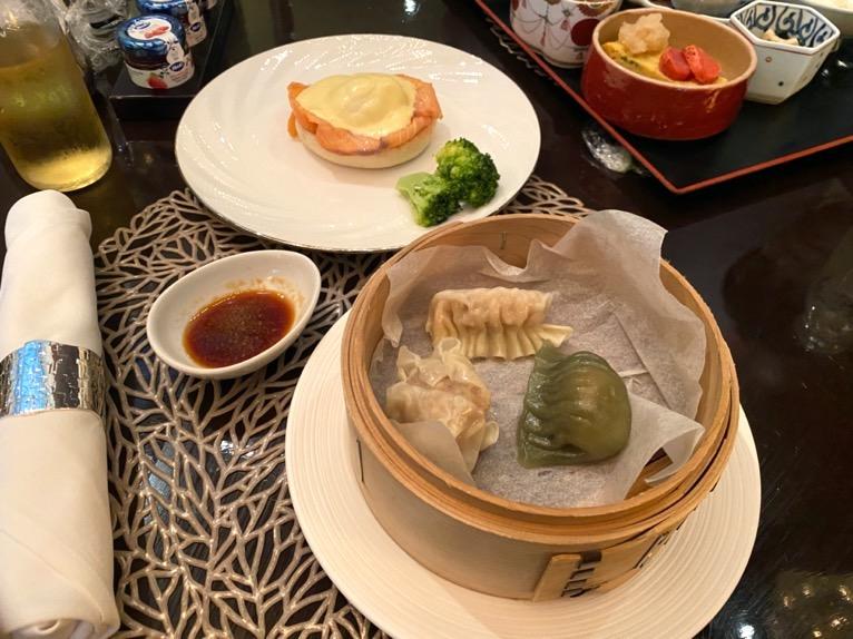 ANAインターコンチネンタルホテル東京「アトリウムラウンジ」:エッグベネディクト&飲茶