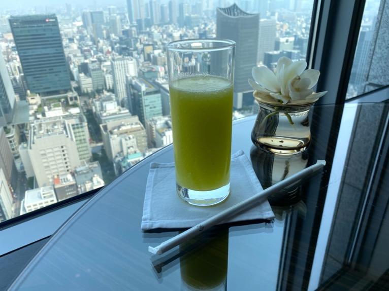 シャングリ・ラ ホテル東京「クラブラウンジ」ウェルカムドリンク