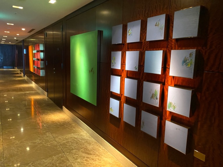 シャングリ・ラ ホテル東京「ロビー」エレベーターホール
