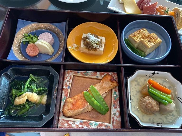 シャングリ・ラ ホテル東京「クラブラウンジの朝食」:和朝食1