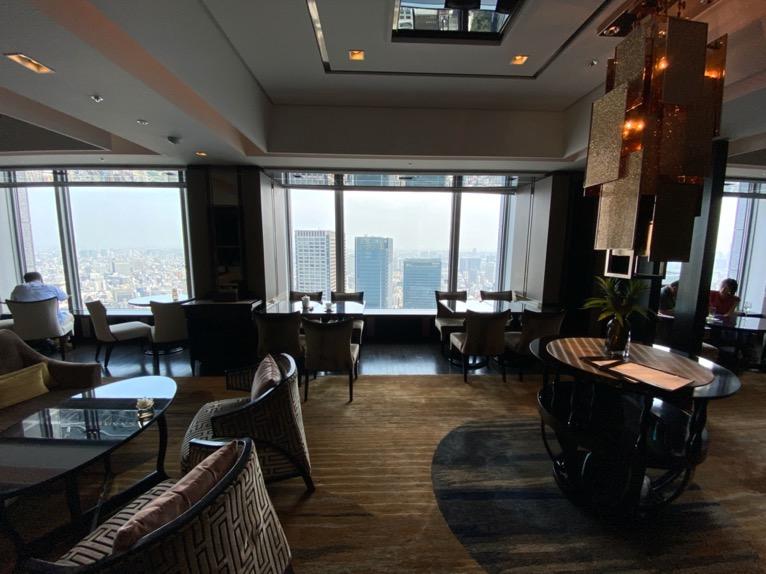 シャングリ・ラ ホテル東京「クラブラウンジ」:フロア全体像1