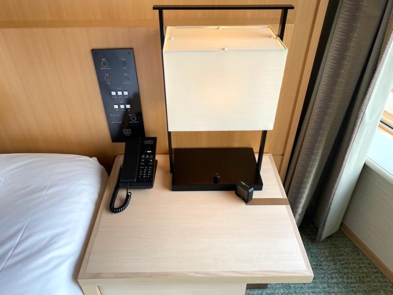 ホテル雅叙園東京「エグゼクティブスイート」:ベッドサイド