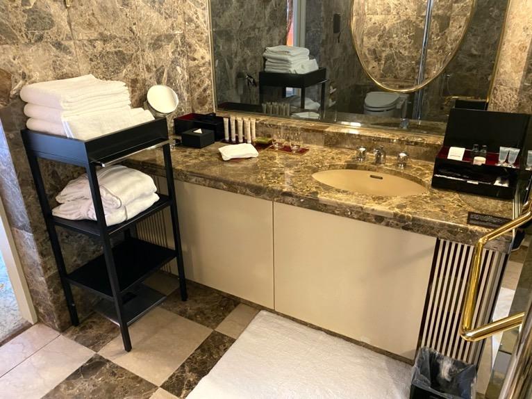 ホテル雅叙園東京「エグゼクティブスイート」:洗面台