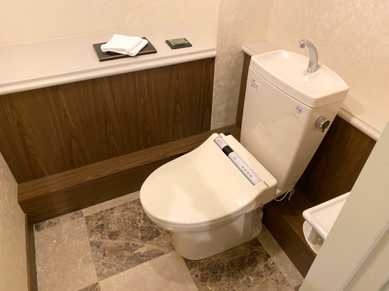 ホテル雅叙園東京「エグゼクティブスイート」:トイレ