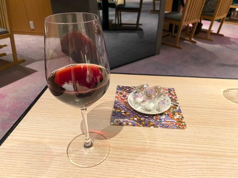 クラブラウンジ「カクテルタイム」:ドリンク(赤ワイン)