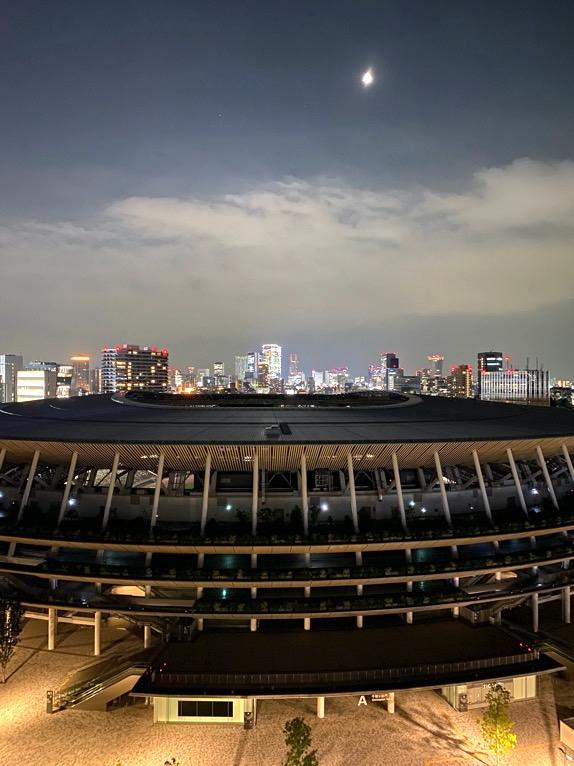 三井ガーデンホテル神宮外苑の杜プレミア「屋上テラス」:夜景1