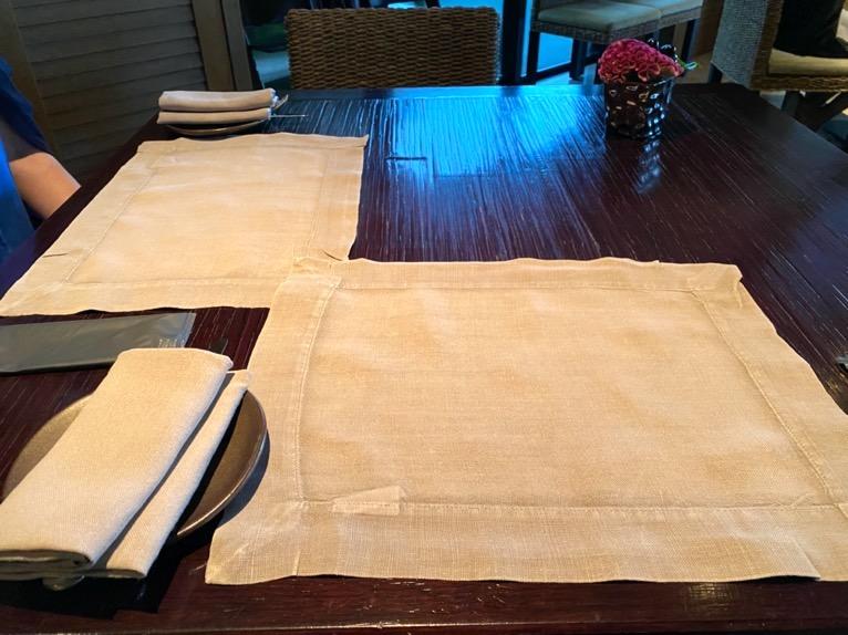 ザ・リッツ・カールトン沖縄の朝食:テーブルセット