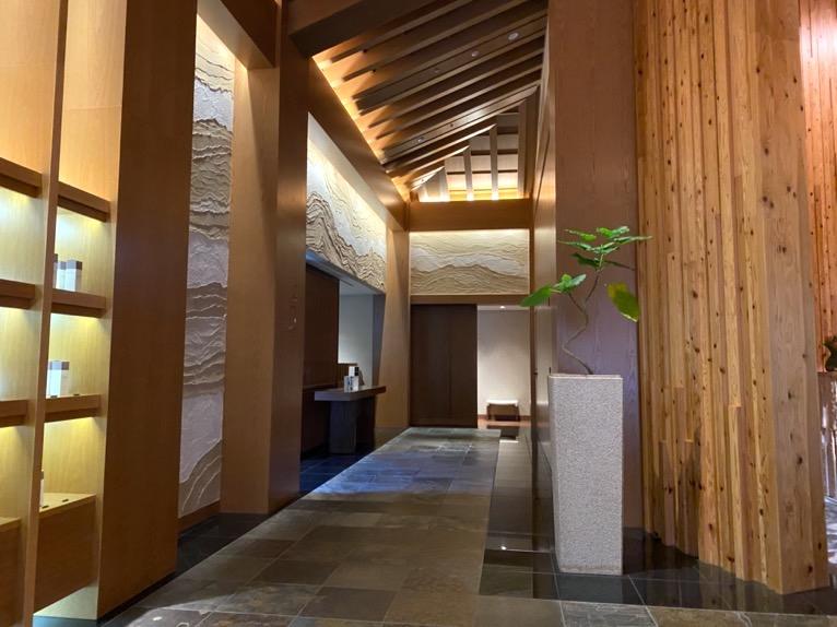 ザ・リッツ・カールトン沖縄「ヒートエクスペリエンス」:廊下