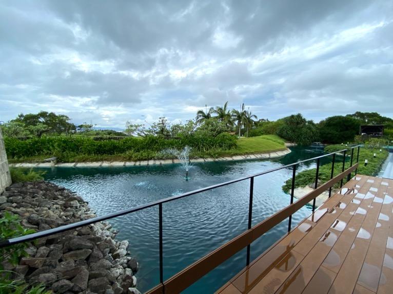 ザ・リッツ・カールトン沖縄「屋外プール」:眺望