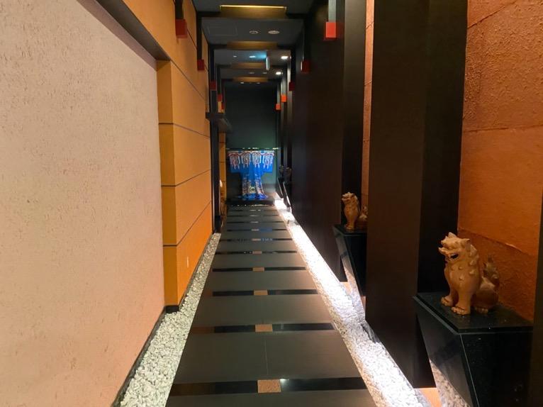 オキナワ マリオット リゾート&スパのエグゼクティブラウンジ:廊下