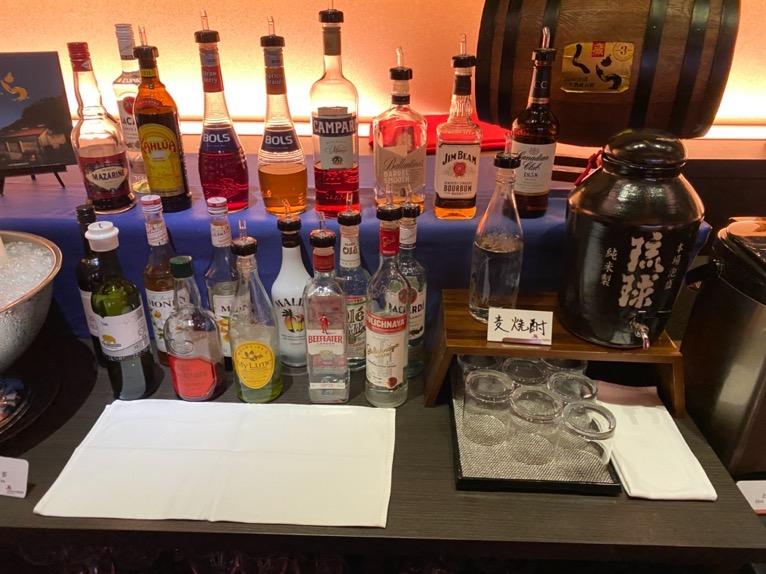 オキナワ マリオット リゾート&スパのエグゼクティブラウンジ:洋酒&泡盛