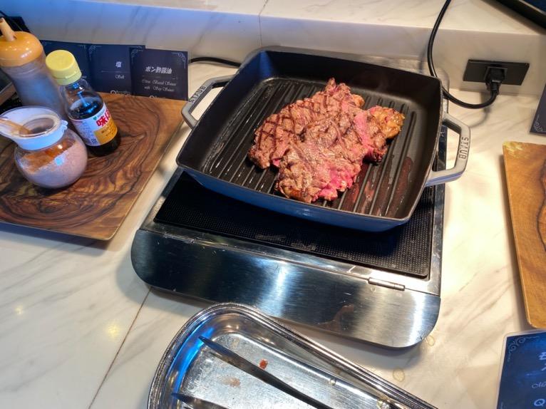オキナワ マリオット リゾート&スパの朝食「クワッチー」:ステーキ