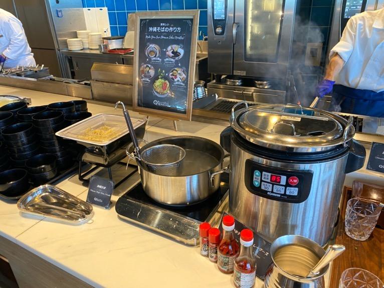 オキナワ マリオット リゾート&スパの朝食「クワッチー」:沖縄そばコーナー