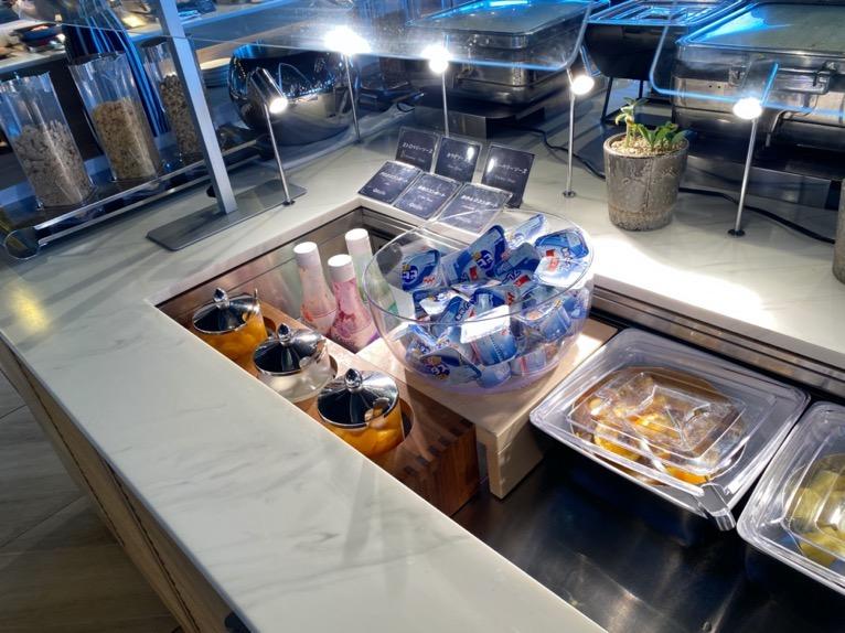 オキナワ マリオット リゾート&スパの朝食「クワッチー」:ヨーグルト