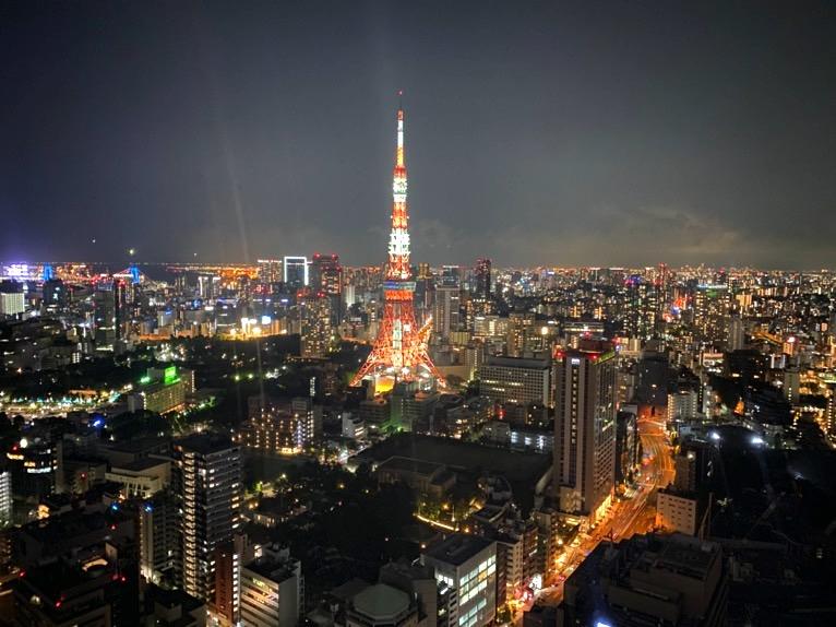 東京エディション虎ノ門「客室(デラックスルーム)」:夜景