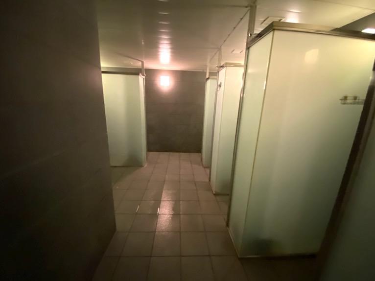 ザ・キャピトルホテル東急のプールとサウナ、ジム:シャワー(温浴施設内)