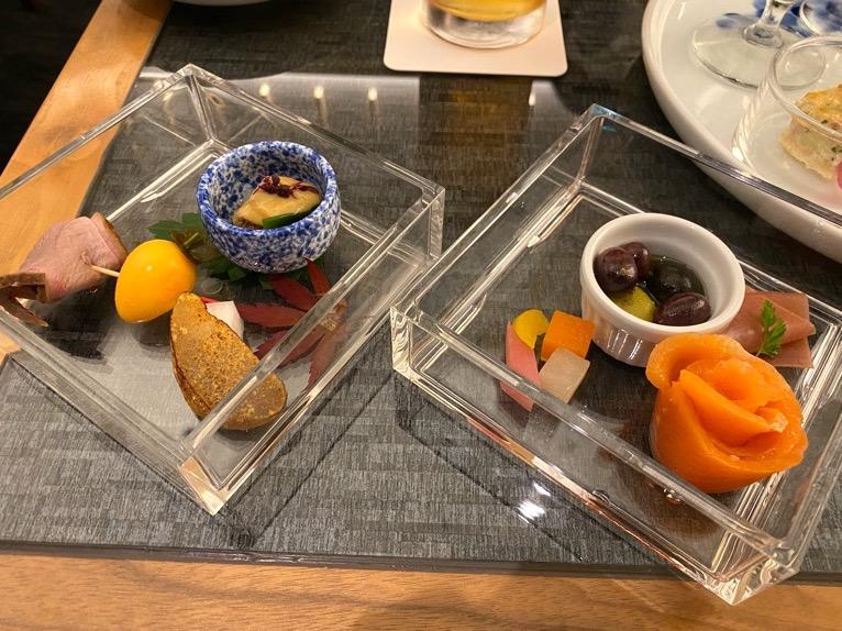 ザ・キャピトルホテル東急「クラブラウンジ」:実食(カクテルタイム)2