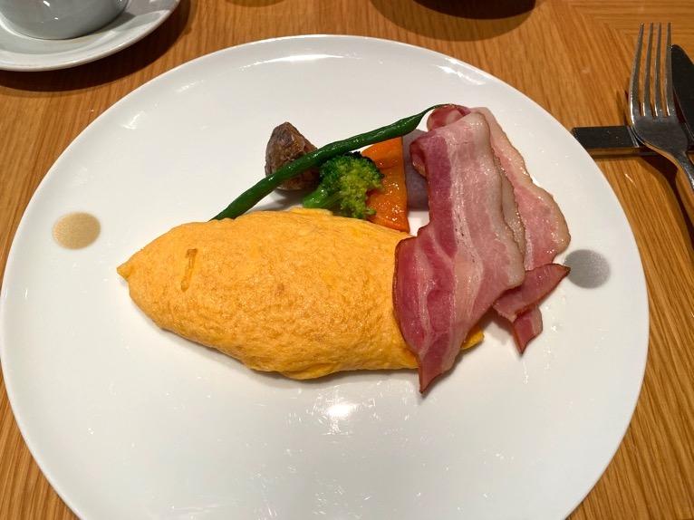 ザ・キャピトルホテル東急の朝食「洋食」:オムレツ