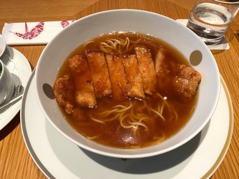 レストラン「オリガミ (ORIGAMI)」:パーコー麺(拡大)