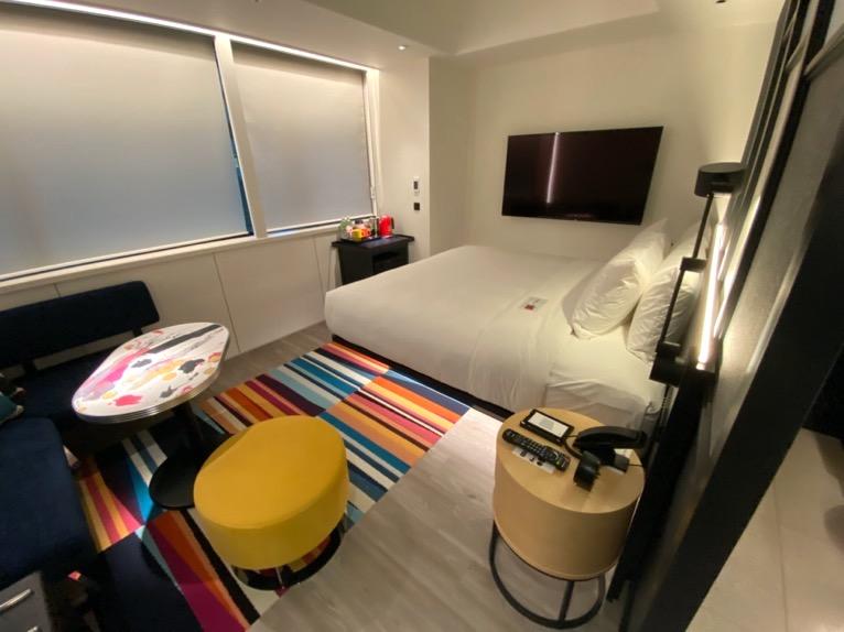 アロフト東京銀座「客室」:寝室&リビング