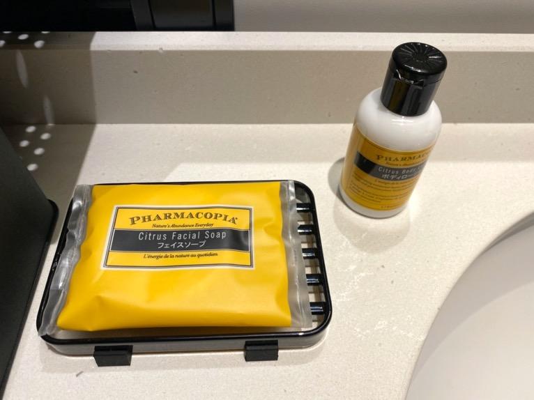 アロフト東京銀座「客室」:石鹸&乳液