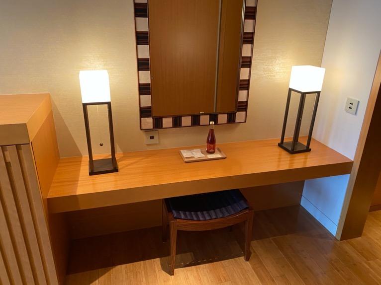 マンダリンオリエンタル東京「客室」:化粧台
