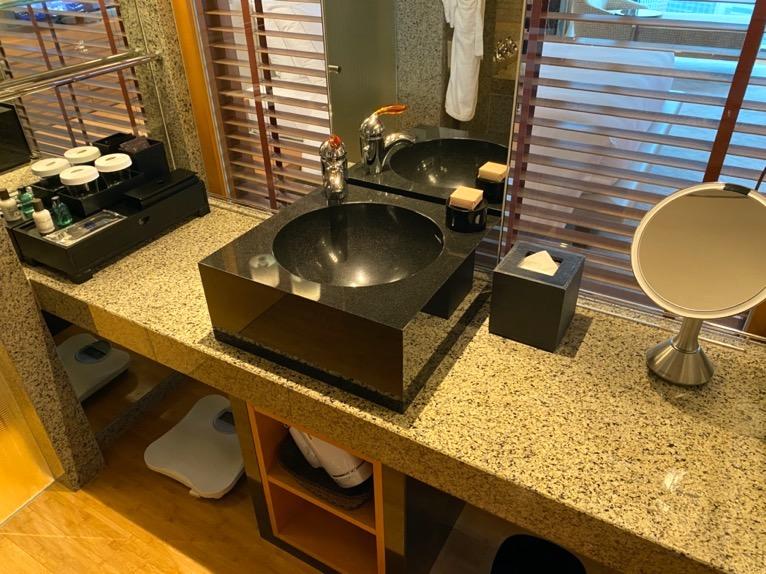 マンダリンオリエンタル東京「客室」:洗面台