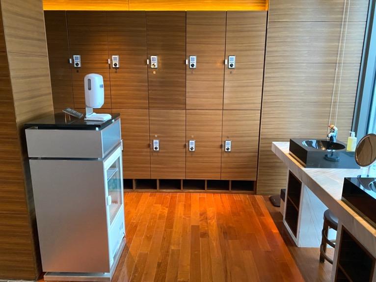 マンダリンオリエンタル東京の温浴施設:ロッカールーム(ロッカー)