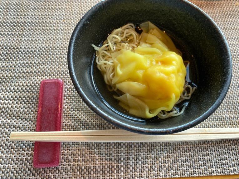 マンダリンオリエンタル東京の朝食:雲呑麺