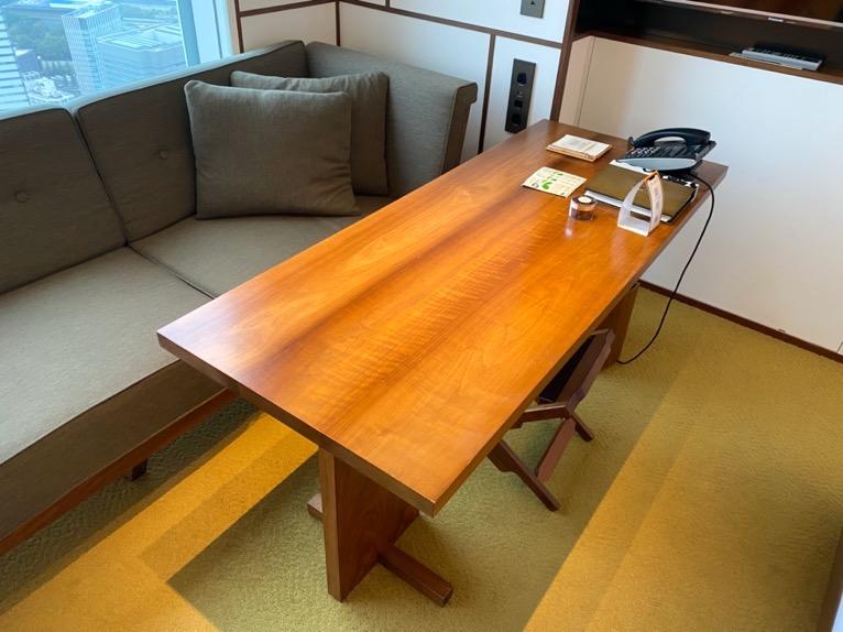 アンダーズ東京「客室」:デスク