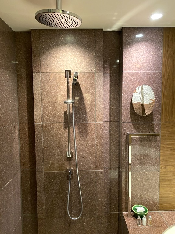 アンダーズ東京「客室」:シャワー