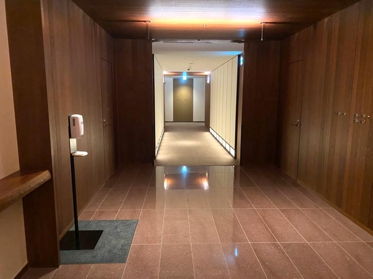 アンダーズ東京:内廊下1