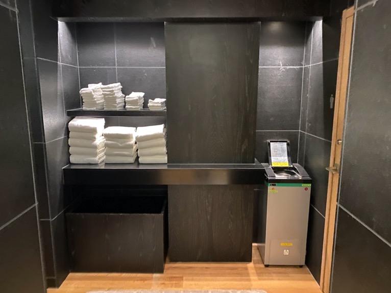 アンダーズ東京「AOスパ&クラブ」:温浴施設(脱衣所)