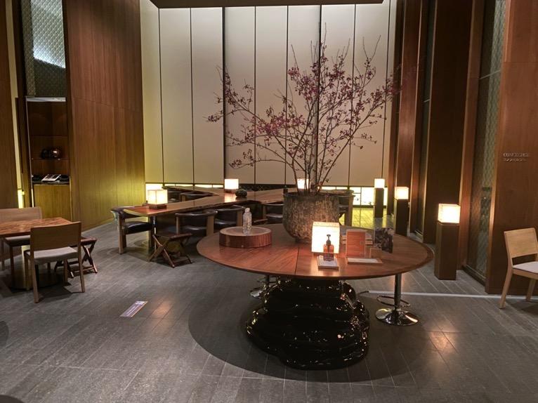 アンダーズ東京の宿泊者専用ラウンジをブログレポート!<カクテルタイム/ティータイム/朝食>