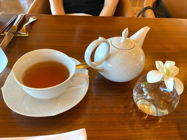 ハレクラニ沖縄「ハウスウィズアウトアキー」:アフタヌーンティーの内容(紅茶)