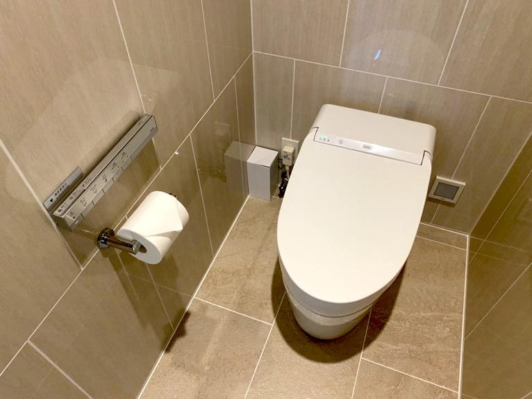 ハレクラニ沖縄「バスルーム」:トイレ