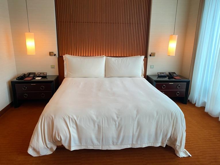 ザ・ペニンシュラ東京「客室」:ベッド