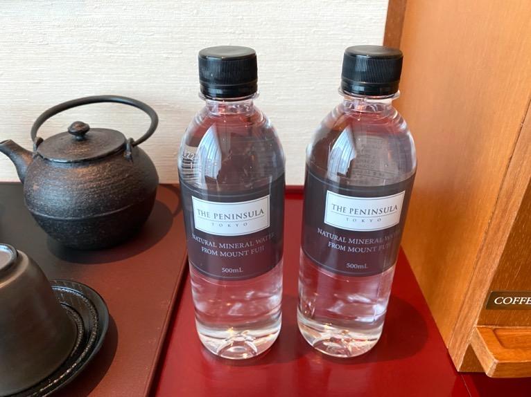 ザ・ペニンシュラ東京「客室」:水