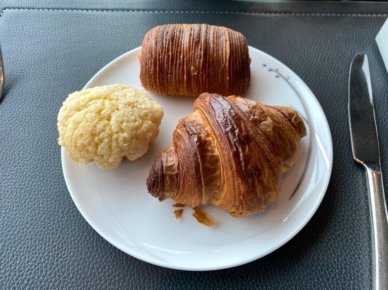 ザ・ペニンシュラ東京の朝食「Peter(ピーター)」:洋食(パン)