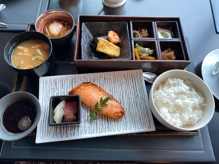 ザ・ペニンシュラ東京の朝食「Peter(ピーター)」:和食(全体像)