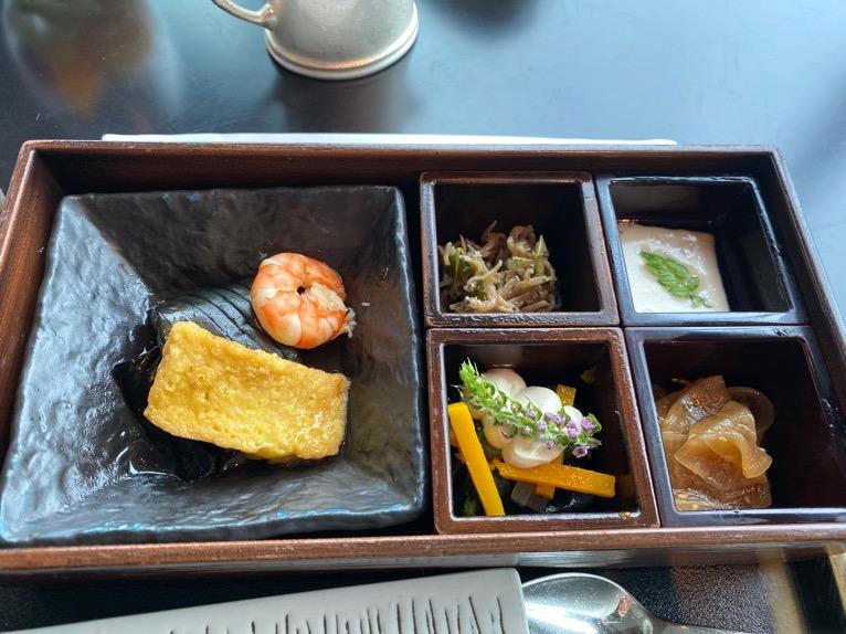 ザ・ペニンシュラ東京の朝食「Peter(ピーター)」:和食(小鉢)
