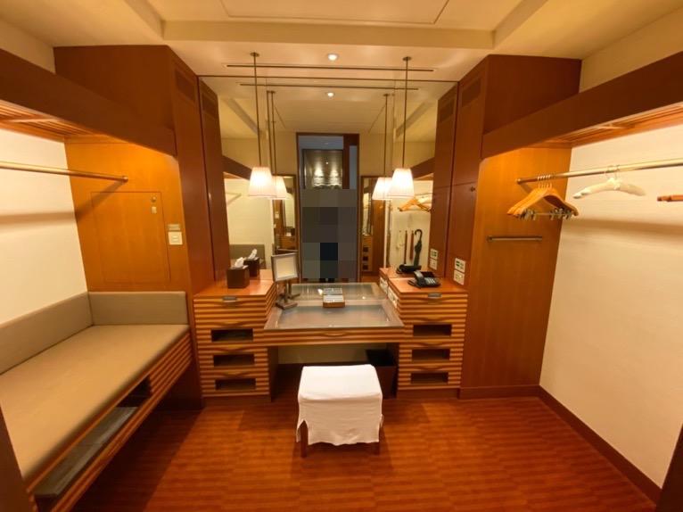 ザ・ペニンシュラ東京「客室」:ドレッシングルーム