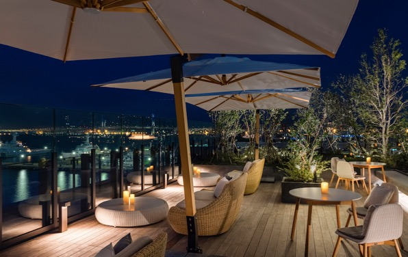 インターコンチネンタル横浜Pier8「ルーフトップ」:夜の風景