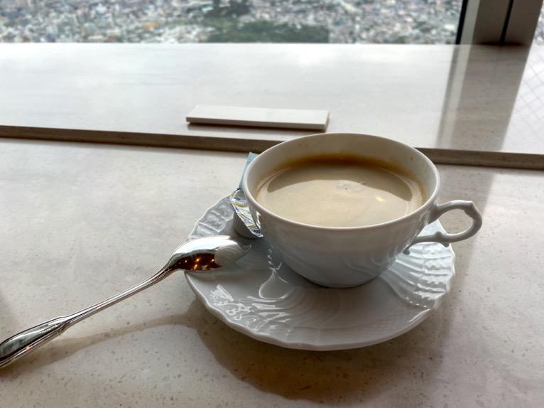 横浜ロイヤルパークホテルのクラブラウンジ「ティータイム」:実食1