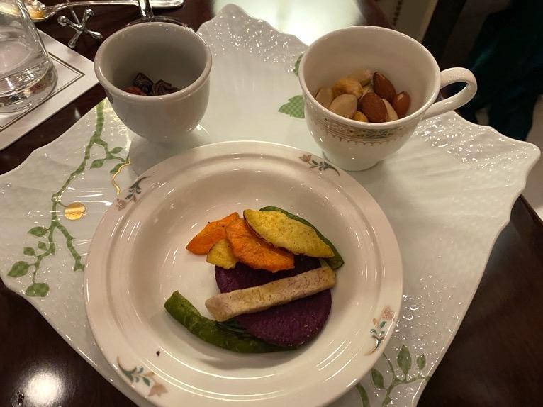 横浜ロイヤルパークホテルのクラブラウンジ「イブニングカクテル」:実食3