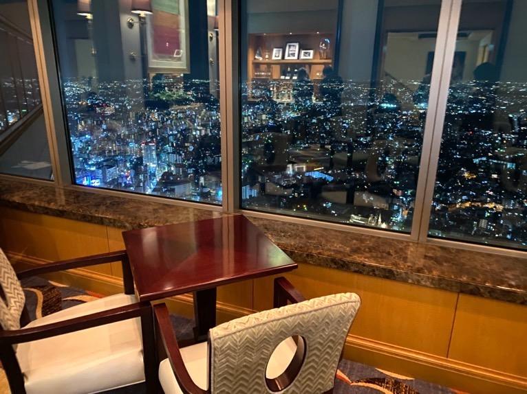 横浜ロイヤルパークホテルのクラブラウンジ「イブニングカクテル」:雰囲気