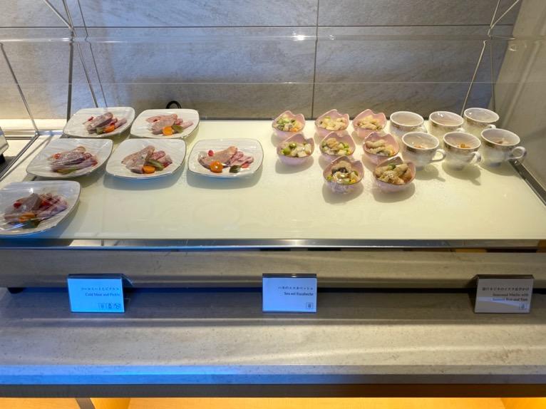 横浜ロイヤルパークホテルのクラブラウンジ「朝食」:フードの品揃え1
